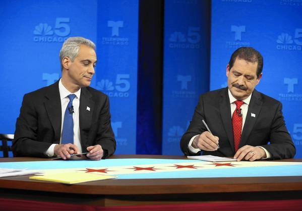 Ct-emanuel-garcia-mayoral-debate-chicago-0317-20150316