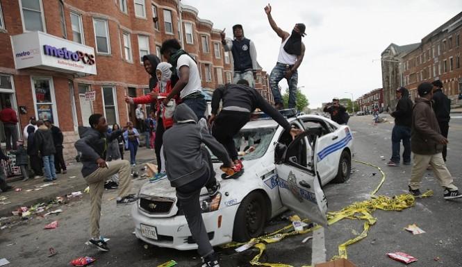 Baltimore-riots-2015-images-665x385