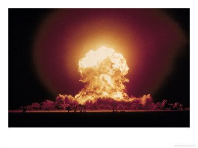 Atomicexplosionwithmushroomcloudp_4