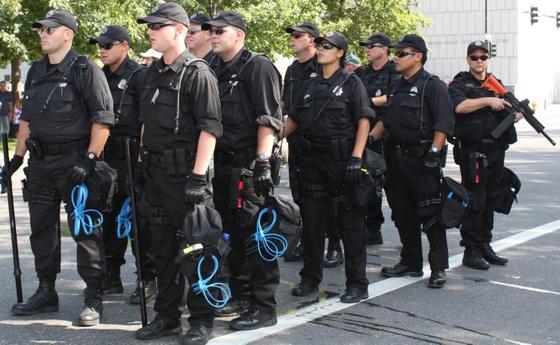 Police_2